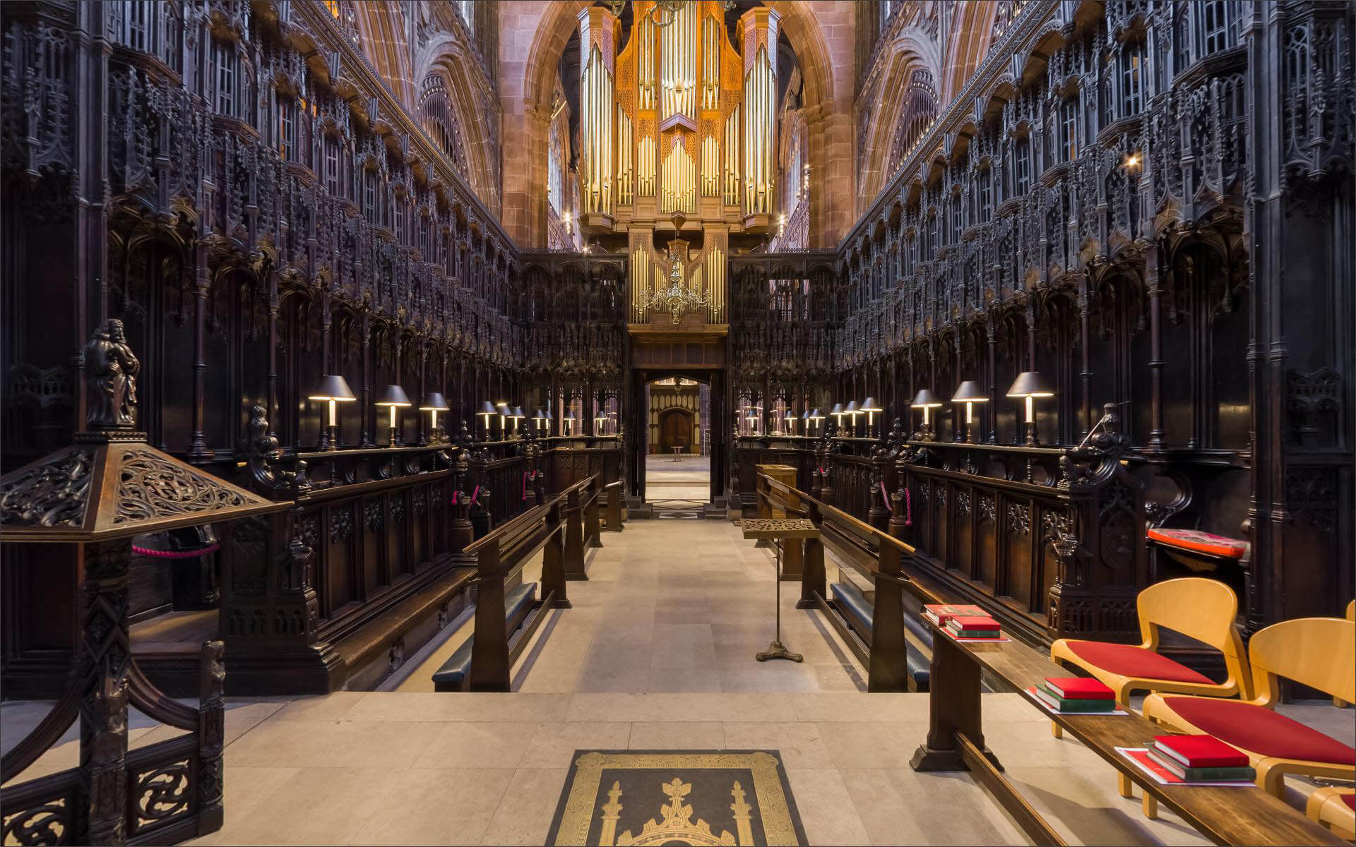 Bespoke Virtual Tour of Manchester Cathedral