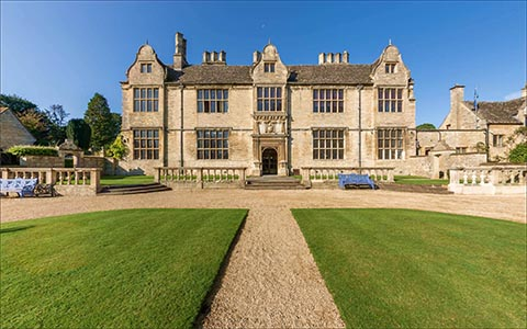Bespoke Virtual Tour of Yarnton Manor (Oxford Royale)